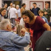 Anne-Laure Fabre-Nadler échange avec le citoyens. Lancement de campagne, 12ème circonscription de la Gironde, 17 mai 2017, Sadirac