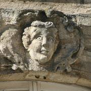 Mascaron de Bordeaux, à visage d'homme étonné. Reproduction interdite - Tous droits réservés © Christian Coulais