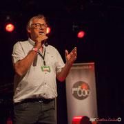 Richard Raducanu, Président de l'Association JAZZ360 lance le second concert de la soirée, salle culturelle de Cénac. 9 juin 2017