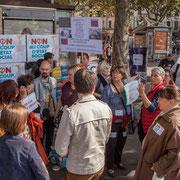 """""""Macron t'es foutu"""" """"Trop fainéante pour trouver un slogan"""" Marche contre le coup d'état social des ordonnances Macron. Place de la Bastille X Boulevard Richard Lenoir, Paris. 23/09/2017 #jaibastille"""