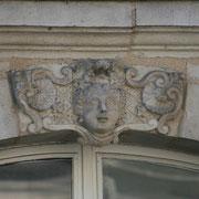 Mascaron de Bordeaux, à visage de femme. Reproduction interdite - Tous droits réservés © Christian Coulais