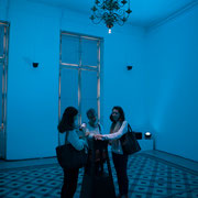 2 Lights contacts. Scenocosme : Grégory Lasserre & Anaïs met den Ancxt. Octobre numérique, Palais de l'Archevêché, Arles