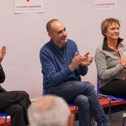 Marie Duret-Pujol, Loïc Prud'homme et Sylvie Nony applaudissent chaleureusement Jean-Luc Fala. Comité d'appui la France insoumise aux élections européennes, Bordeaux. 22/11/2018