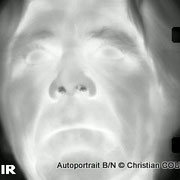 Christian Coulais, vidéo-photographe, Cénac. Autoportrait infrarouge B/N © Christian Coulais