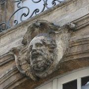 Mascaron de Bordeaux, à visage d'homme barbu et chevelu. Reproduction interdite - Tous droits réservés © Christian Coulais