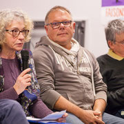1/3 Pierrette Moreno parle de la politique européenne scandaleuse en matière de migration. Comité d'appui la France insoumise aux élections européennes, Bordeaux. 22/11/2018