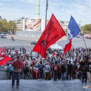 Le Chœur insoumis a un carnet de chants. Marche contre le coup d'état social des ordonnances Macron. Place de la Bastille, Paris. 23/09/2017 #jaibastille