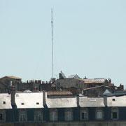 Quai Richelieu. Antenne de télécommunication (située ?), Bordeaux. Reproduction interdite - Tous droits réservés © Christian Coulais