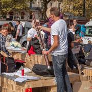 """""""Sonnez hautbois, résonnez musettes...insoumis bien sur !"""" Marche contre le coup d'état social des ordonnances Macron. Esplanade du port de l'arsenal, Paris. 23/09/2017 #jaibastille"""