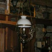 suspension napoléon III (bronze ,réservoir tere cuite vernissée,opaline blanche)