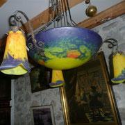 Suspension ART DECO en pâte de verre jaune bleu orange signé LOTI NANCY