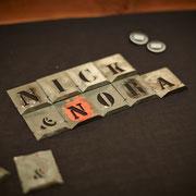 Nick & Nora - die Idee für den Schritzug kam von Signierschablonen aus der Zeit um 1900