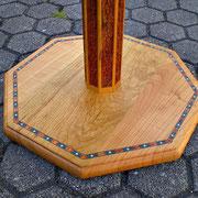 """Tischgestell neu intarsiert und indische, antike Schnitzeinlage zu Iranischer Tischplatte in """"Pietra Dura"""""""