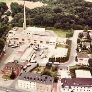 Luftbild 1979, der große Erweiterungsbau ist in Betrieb