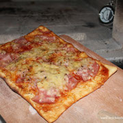 brotbackofen pizza backen