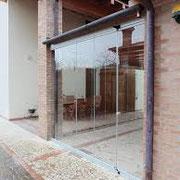 chiusura loggiato con vetrata scorrevole impacchettabile