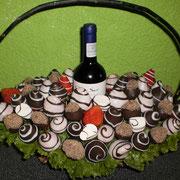 V 4         $ 600 mas costo del vino a elegir
