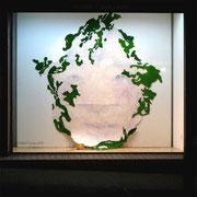 みづごころ、しばしば 2009 木版画 人工芝、水杓 240×250cm