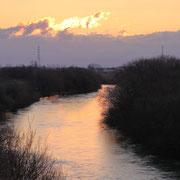 当別川の朝焼け