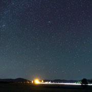 国道275号線と星空