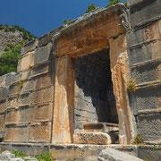 Komplett erhaltene Mauern und Tore in Arykanda