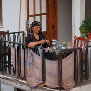 Cay-Pause auf einem Balkon in Dalyan