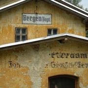 der alte Bahnhof in Bergen (Radweg Falkenstein-Oelsnitz)