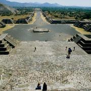 Straße der Toten (Teotihuacan/Zentralmexiko)