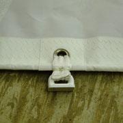 der mit Gurtband angenähte Rutscher im Vorliek eines von uns gefertigten Großsegels
