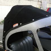 Anfertigung eines Verdecks für einen Motorradbeiwagen