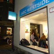"Vernissage ""32Mal ≤ 40x40 cm"", ABC WESTSIDE GALERIE"