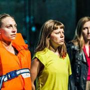 Hildur Óttarsdóttir, Sibylle Mumenthaler, Nina Mariel Kohler / Archiv[2]: Krieg ©Matthias Redlhammer, 2013