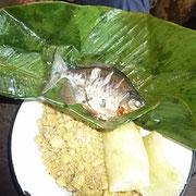 unser Fang im Bananenblatt gegart