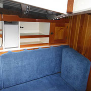 saloon, starboard side