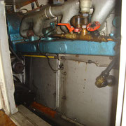 starboard access from bathroom - fuel switch-over valves, on left side hydraulic pump for variable prop