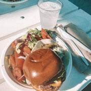 Ein klassisches Mittagessen auf Perfect Day at Coco Cay