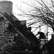 2013 (boulot) - Benoît n'a pas résisté à l'envie de restaurer cette jolie maison : début des travaux à Pendreff (chantier N°3). Le gîte s'appelera Ti Cozy