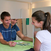 Spiegeltherapie Ergotherapie Neurologie