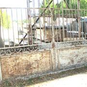 Portail ancien en fer forgé n° 26