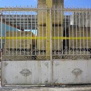 portail ancien fer forgé (n° 8)    400L x 330HT