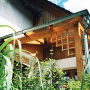 Eine Überdachung muss sich dem Stil des Hauses anpassen