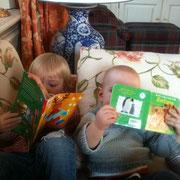 Zwei kleine Leseratten