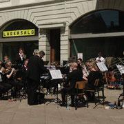 """Un  orchestre style """"brass band """" de qualité."""