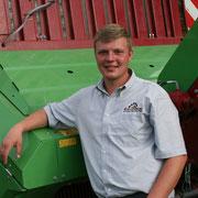 Tobias Grebe - Außenhandelskaufmann, Agrarservicemeister und seit 2013 Junior-Chef im elterlichen Betrieb