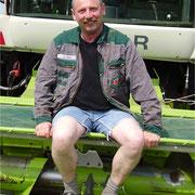 Bruno Wolff - Landwirtschaftsmeister und Aushilfe - Einsatzgebiet: Häckseln, festfahren, Diverses