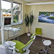 Zahnarzt Bernau im FORUM - Behandlungsraum 1 - Zahnröntgen erfolgt direkt auf dem Behandlungsstuhl