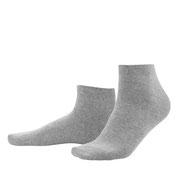 Sneakersokken Curt in 98% bio-katoen met 2% elastaan, per 2 paar verpakt, steengrijs, Living Crafts, beschikbaar in de maten 39-42 en 43-46, prijs: 9,99 €