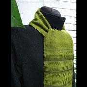 Limettengrüner handgewebter Schal