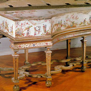 Harpsichord decorated by Dagly, circa 1710, Schloss Charlottenburg, Berlin