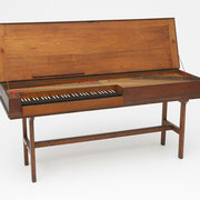Clavichord by Johann Gotthelf Hoffmann, Ronneburg, 1784, German, 18th century, The Belle Skinner Collection ® Yale University Collection of Musical Instruments